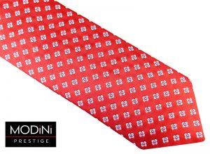 czerwono biało niebieski krawat