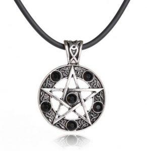 klasyczny pentagram