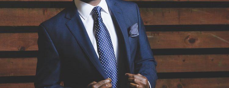 Krawat - modny dodatek do garnituru