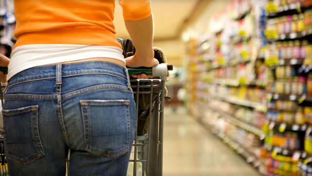 Ubrania z supermarketu – gazetki promocyjne sklepów