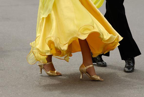 Dopasuj rodzaj obuwia do tańca, czyli jakich butów potrzebujesz?