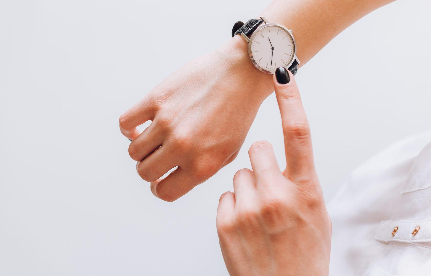 Damski zegarek – idealny pomysł na prezent!
