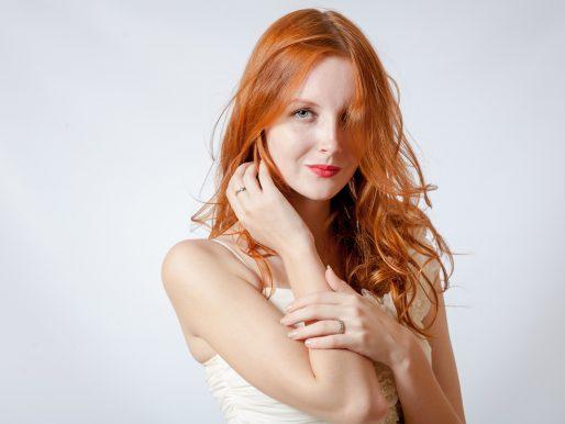Rude farby do włosów – którą wybrać?