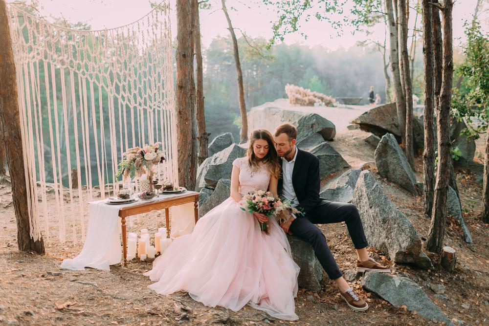 Atrakcyjne zdjęcia ślubne – sprawdź najnowsze trendy