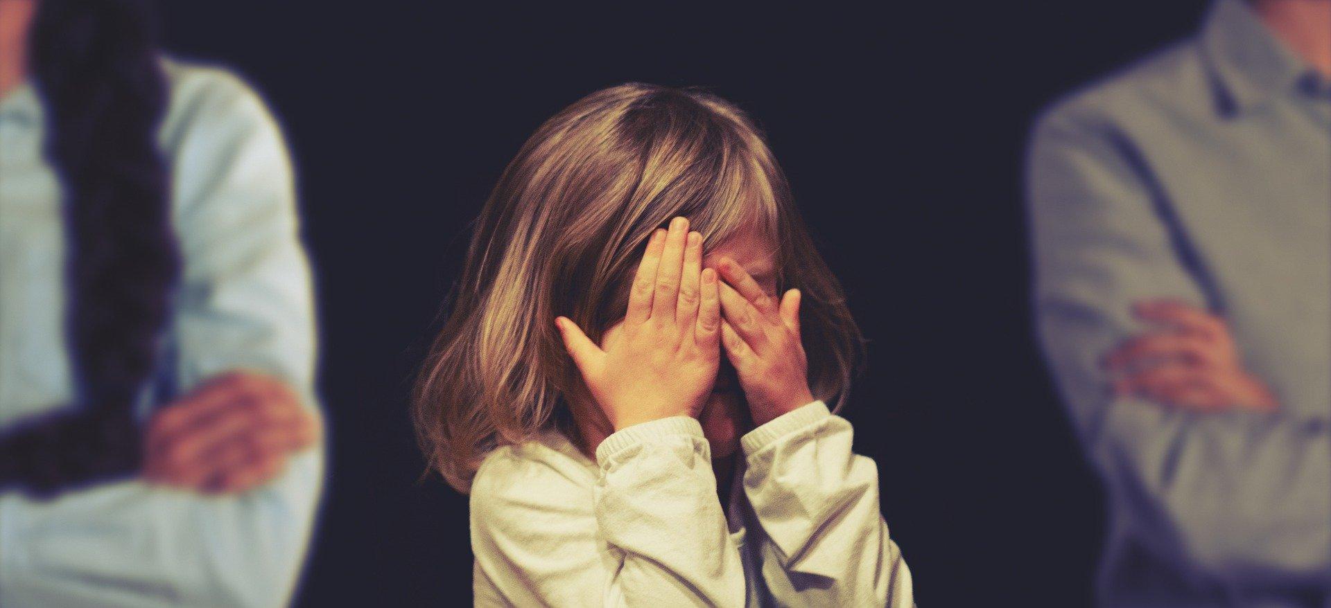 Rozwód a dzieci – jak oszczędzić dziecku bólu i cierpienia?