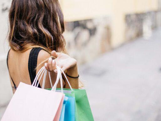 Black Friday, czyli jak kupować mądrze, by nie popaść w czarną rozpacz?