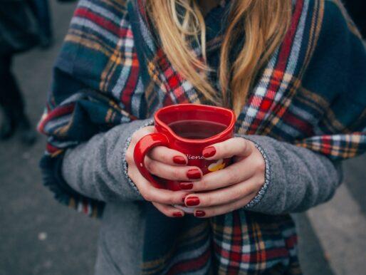 Jesienne i zimowe napoje, które dodadzą Ci energii!