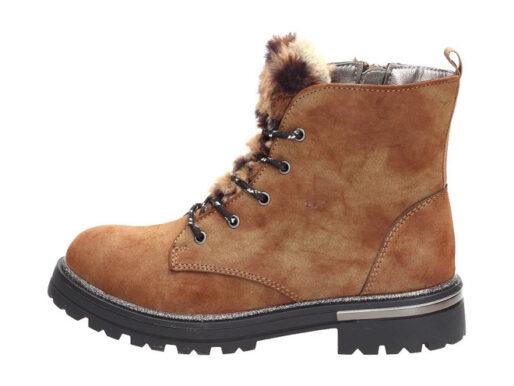 Jakie buty na zimę kupić aktywnemu maluchowi?