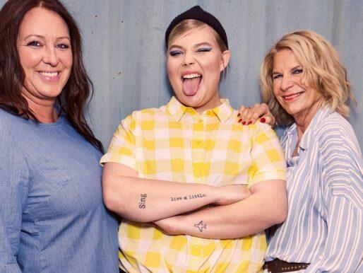 Koszule damskie w dużych rozmiarach - moda w wydaniu XL