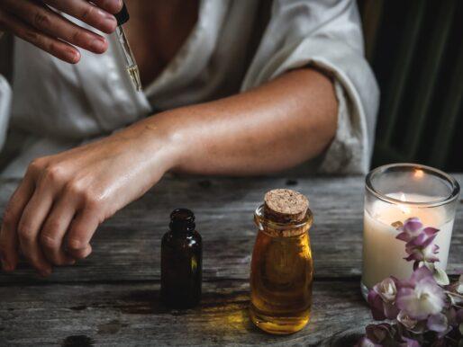 Moc natury w olejkach, czyli o naturalnej pielęgnacji ciała i włosów słów kilka