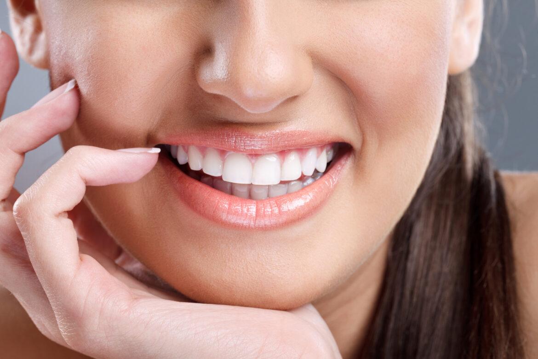 Czy da się wybielić zęby w domu?